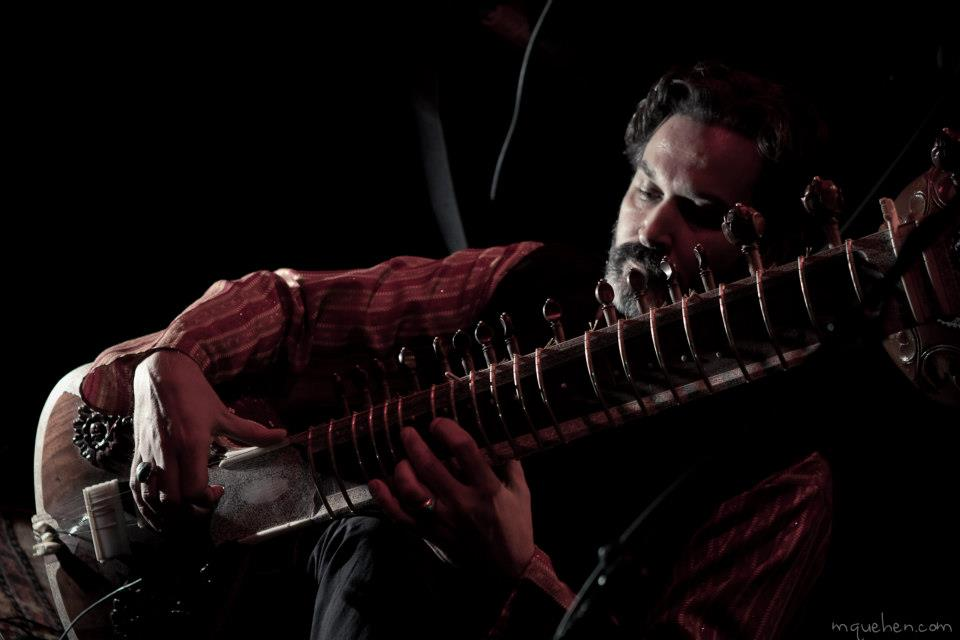 Sebastien Lacroix playing sitar